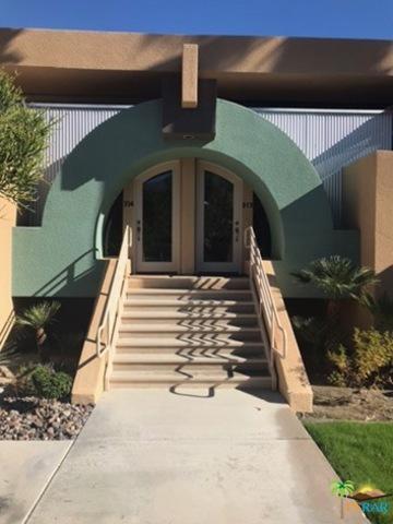 100 E Stevens Road #513, Palm Springs, CA 92262 (MLS #18414936PS) :: The Jelmberg Team