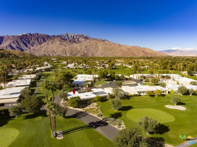 2 Lakeview Circle, Palm Springs, CA 92264 (MLS #18414948PS) :: The Jelmberg Team