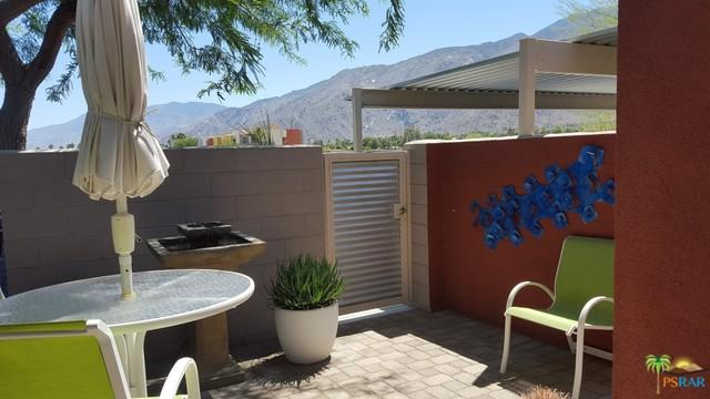 3538 Foothill Avenue, Palm Springs, CA 92262 (MLS #18415532PS) :: The Jelmberg Team