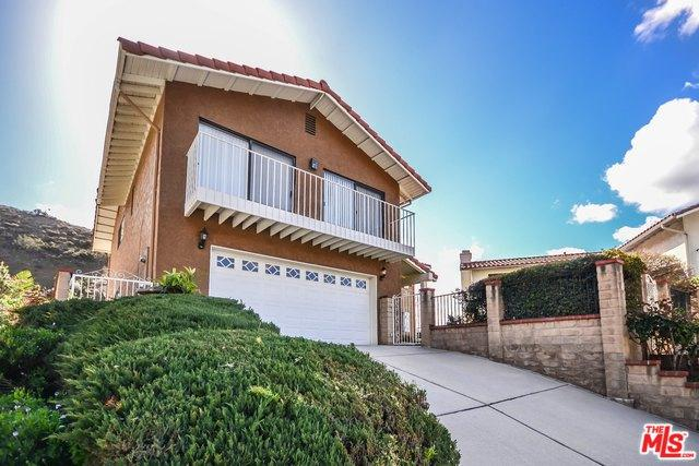 1856 Ayers Way, Burbank, CA 91501 (MLS #18415676) :: The Jelmberg Team
