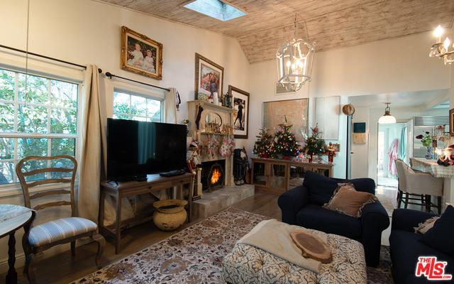 29224 S Lakeshore Drive, Agoura Hills, CA 91301 (MLS #18415976) :: Deirdre Coit and Associates