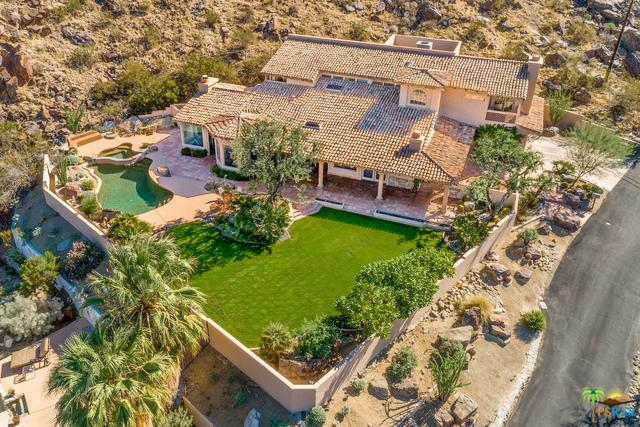 2300 S Bisnaga Avenue, Palm Springs, CA 92264 (MLS #18416340PS) :: Brad Schmett Real Estate Group