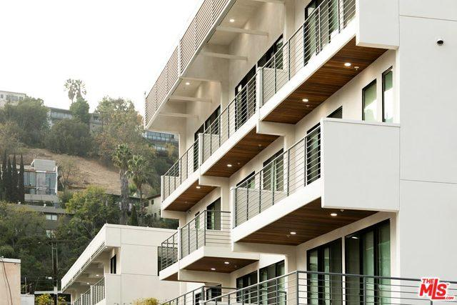 2409 Griffith Park #207, Los Angeles (City), CA 90039 (MLS #18416502) :: The John Jay Group - Bennion Deville Homes