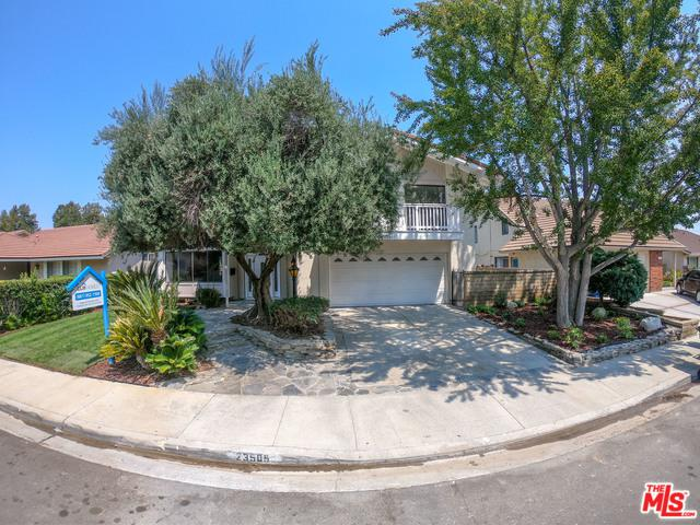 23509 Via Boscana, Valencia, CA 91355 (MLS #18416510) :: The Sandi Phillips Team