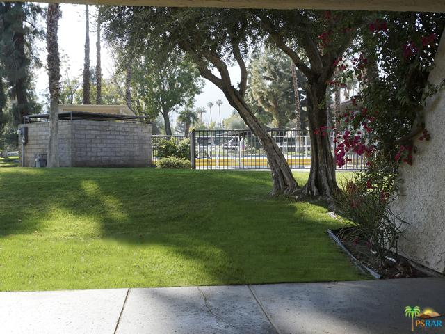510 N Villa Court #113, Palm Springs, CA 92262 (MLS #18416626PS) :: The John Jay Group - Bennion Deville Homes