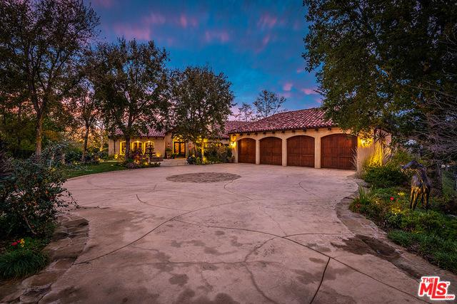 1350 Country Ranch Road, Westlake Village, CA 91361 (MLS #18416770) :: The Jelmberg Team