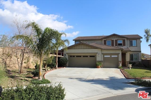 6825 San Rafael Court, Fontana, CA 92336 (MLS #18417366) :: The John Jay Group - Bennion Deville Homes
