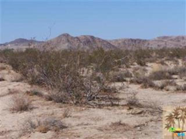 0 Gold Nugget Road, Joshua Tree, CA 92252 (MLS #18417740PS) :: Brad Schmett Real Estate Group