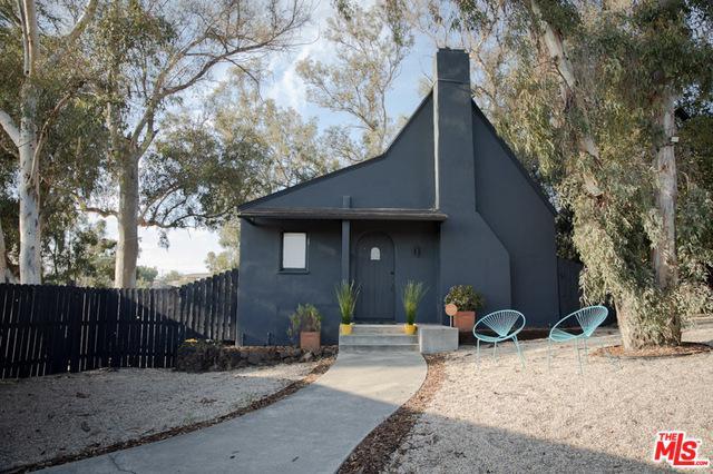 333 La Colina Drive, Inglewood, CA 90302 (MLS #19418226) :: The Jelmberg Team