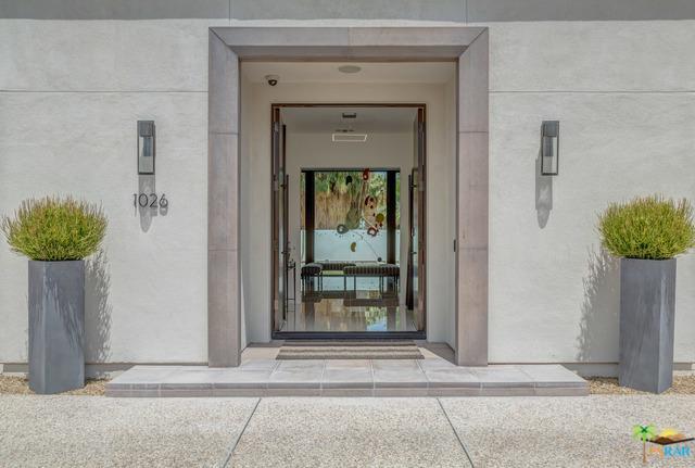 1026 Bella Vista, Palm Springs, CA 92264 (MLS #19418720PS) :: Brad Schmett Real Estate Group
