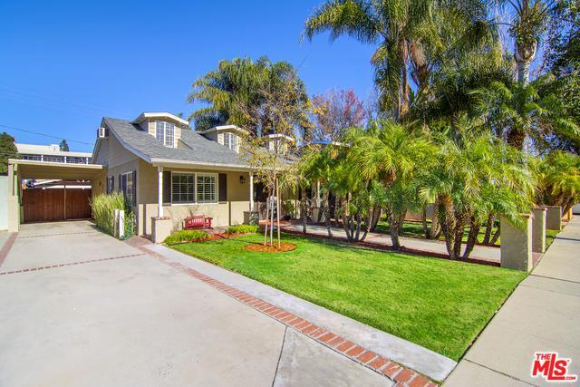 21007 Costanso Street, Woodland Hills, CA 91364 (MLS #19418728) :: The Sandi Phillips Team