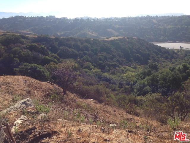 2470 Roscomare, Los Angeles (City), CA 90077 (MLS #19418796) :: The John Jay Group - Bennion Deville Homes