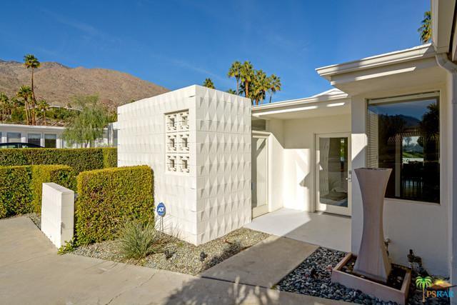 254 E Avenida Granada, Palm Springs, CA 92264 (MLS #19419072PS) :: Brad Schmett Real Estate Group