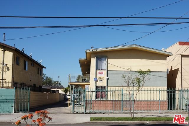 8911 S Figueroa Street, Los Angeles (City), CA 90003 (MLS #19419184) :: The Sandi Phillips Team
