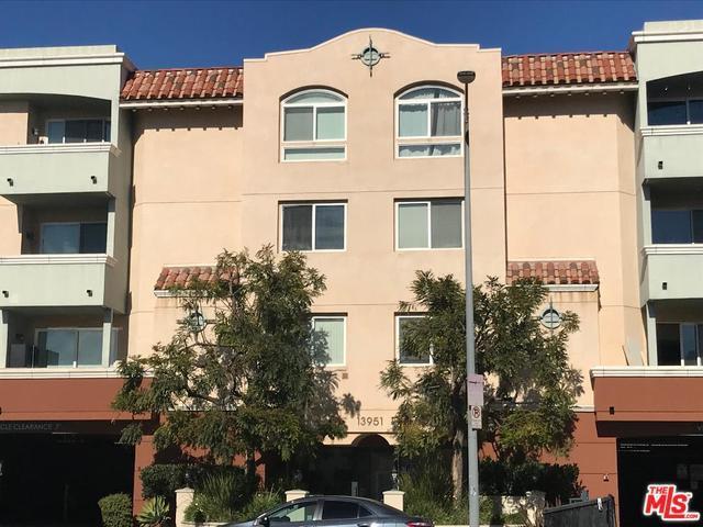 13951 Sherman Way #306, Van Nuys, CA 91405 (MLS #19419272) :: The John Jay Group - Bennion Deville Homes