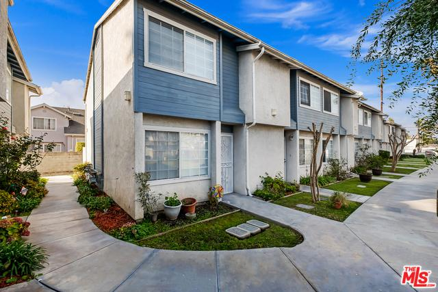 810 W Compton #10, Compton, CA 90220 (MLS #19419512) :: Hacienda Group Inc