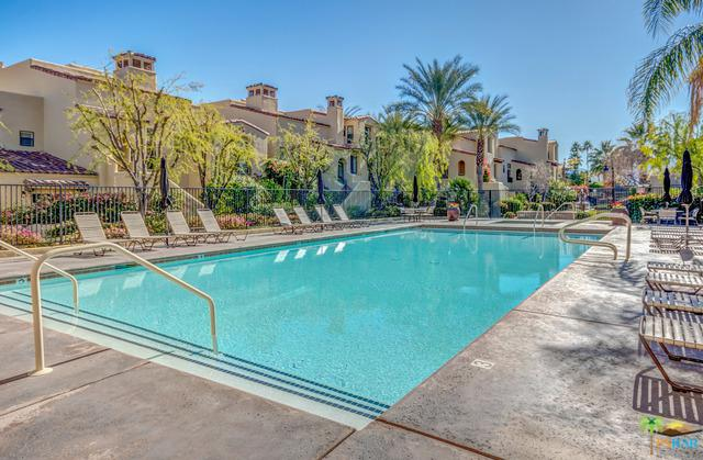 1048 Villorrio Drive, Palm Springs, CA 92262 (MLS #19419542PS) :: The Sandi Phillips Team