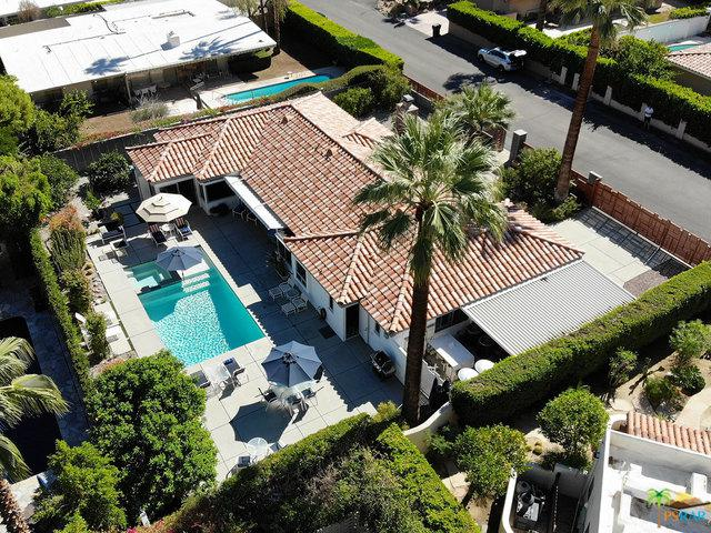 340 W Pablo Drive, Palm Springs, CA 92262 (MLS #19420020PS) :: The Jelmberg Team