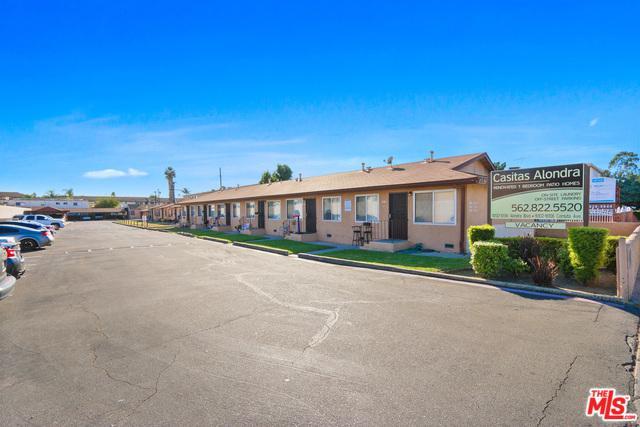 10132 Alondra, Bellflower, CA 90706 (MLS #19420558) :: The John Jay Group - Bennion Deville Homes