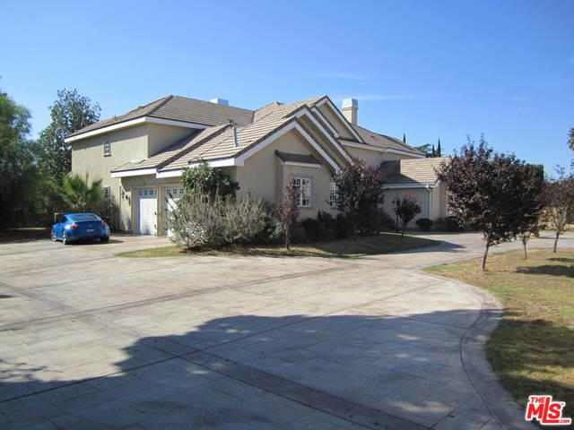 17632 Parthenia Street, Northridge, CA 91325 (MLS #19420964) :: The Sandi Phillips Team