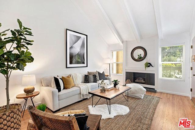 4617 Maytime Lane, Culver City, CA 90230 (MLS #19422038) :: The John Jay Group - Bennion Deville Homes