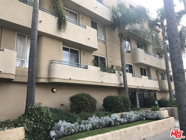 1200 S Corning Street #102, Los Angeles (City), CA 90035 (MLS #19422344) :: The John Jay Group - Bennion Deville Homes