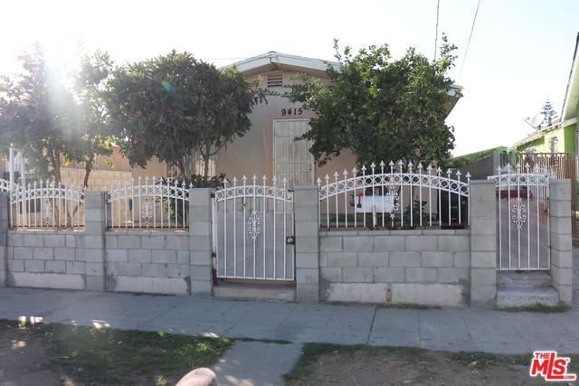 9415 S Figueroa Street, Los Angeles (City), CA 90003 (MLS #19422532) :: The Sandi Phillips Team