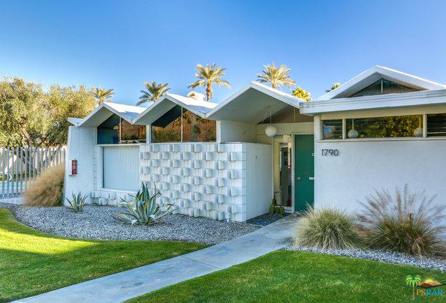 1790 S Araby Drive, Palm Springs, CA 92264 (MLS #19422550PS) :: The Jelmberg Team