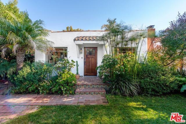 946 Indiana Avenue, Venice, CA 90291 (MLS #19422778) :: The John Jay Group - Bennion Deville Homes