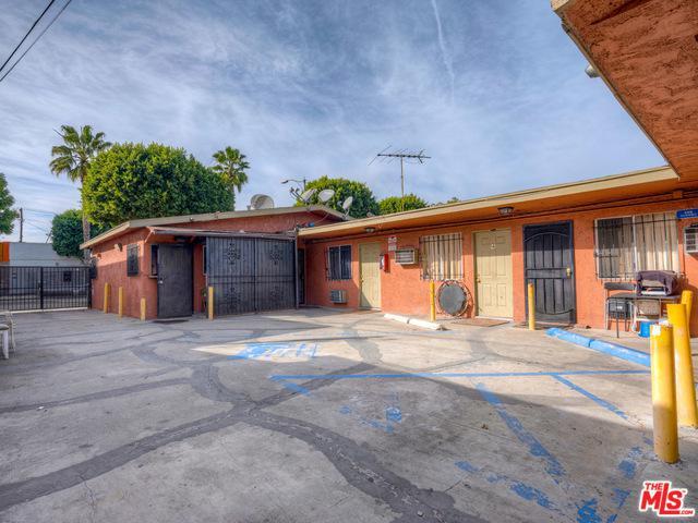 714 S Long Beach, Compton, CA 90221 (MLS #19422888) :: The Sandi Phillips Team