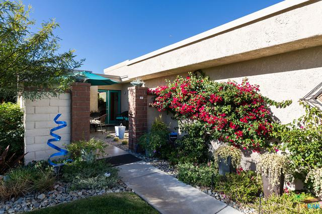 68851 Calle Monforte, Cathedral City, CA 92234 (MLS #19422916PS) :: The John Jay Group - Bennion Deville Homes