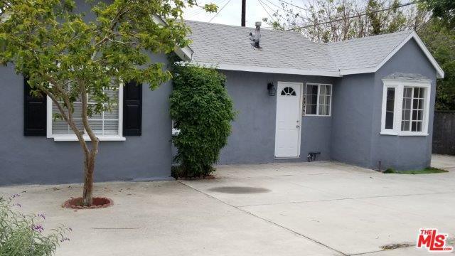 11342 Tiara Street, North Hollywood, CA 91601 (MLS #19423054) :: The Jelmberg Team