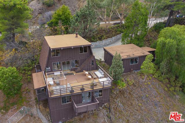 25260 Piuma Road, Calabasas, CA 91302 (MLS #19423066) :: The John Jay Group - Bennion Deville Homes
