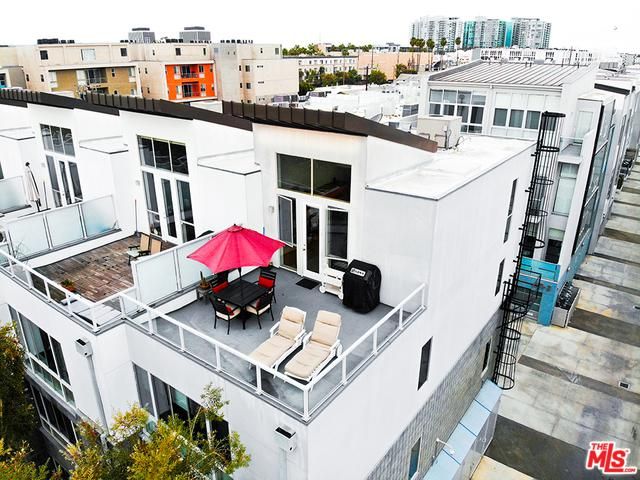 4151 Redwood Avenue #101, Los Angeles (City), CA 90066 (MLS #19423340) :: The John Jay Group - Bennion Deville Homes
