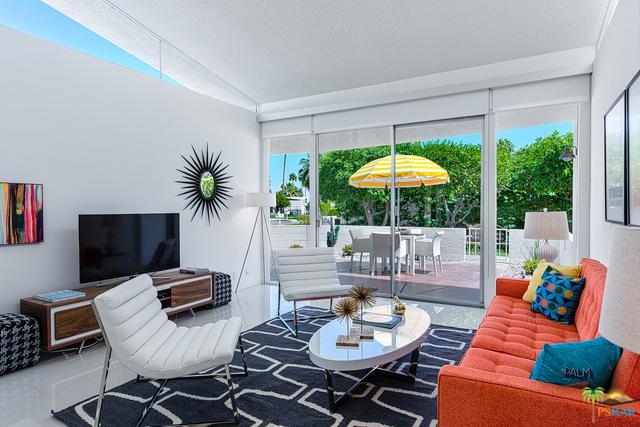 2362 S Sierra Madre, Palm Springs, CA 92264 (MLS #19423368PS) :: Brad Schmett Real Estate Group
