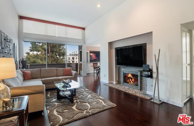 850 S Shenandoah Street #303, Los Angeles (City), CA 90035 (MLS #19423410) :: The John Jay Group - Bennion Deville Homes