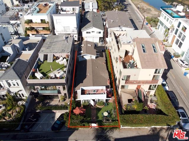 25 Union Jack Street, Marina Del Rey, CA 90292 (MLS #19423560) :: The John Jay Group - Bennion Deville Homes