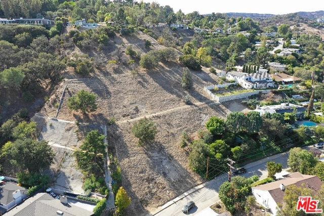 3359 Vista Haven Road, Sherman Oaks, CA 91403 (MLS #19423842) :: The Sandi Phillips Team