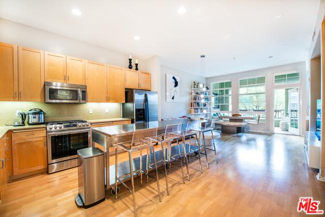 13020 Pacific Promenade #216, Playa Vista, CA 90094 (MLS #19424090) :: The Sandi Phillips Team