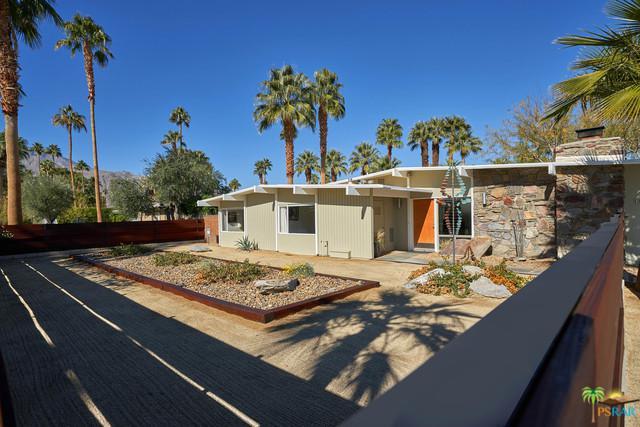 2766 E Livmor Avenue, Palm Springs, CA 92262 (MLS #19424132PS) :: Hacienda Group Inc