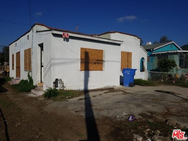 229 E 64th Street, Los Angeles (City), CA 90003 (MLS #19424472) :: The John Jay Group - Bennion Deville Homes