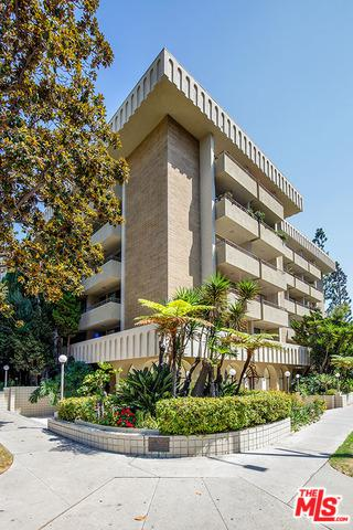 1300 Midvale Avenue #401, Los Angeles (City), CA 90024 (MLS #19424754) :: The Sandi Phillips Team