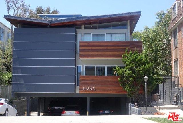 11959 Gorham Avenue, Los Angeles (City), CA 90049 (MLS #19424918) :: The Sandi Phillips Team