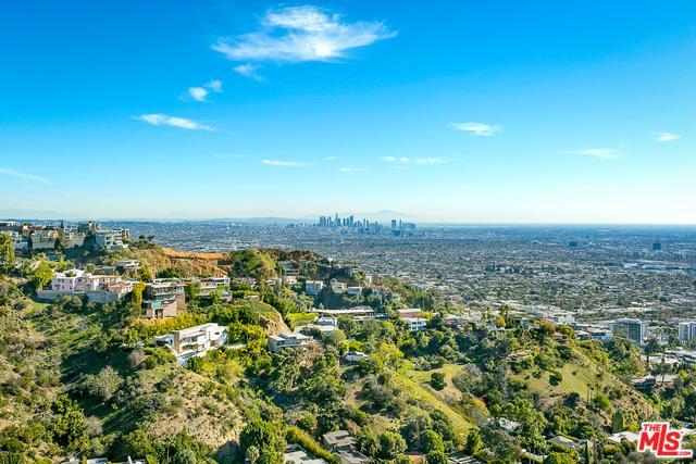 1550 Blue Jay Way, Los Angeles (City), CA 90069 (MLS #19424934) :: The Sandi Phillips Team