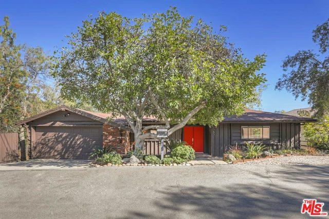 1765 Kaweah Drive, Pasadena, CA 91105 (MLS #19424970) :: Hacienda Group Inc