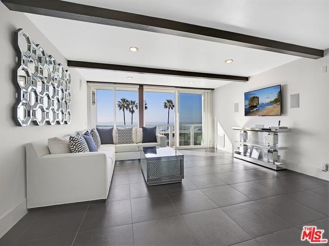 11958 Oceanaire Lane, Malibu, CA 90265 (MLS #19424990) :: The Sandi Phillips Team