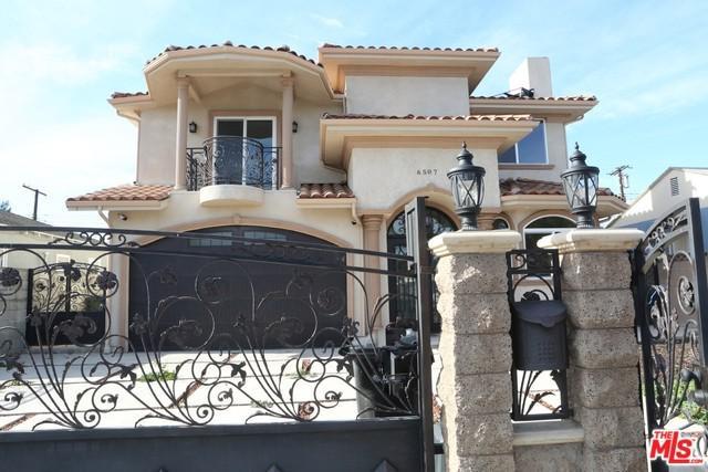 6507 Teesdale Avenue, North Hollywood, CA 91606 (MLS #19425108) :: The Sandi Phillips Team