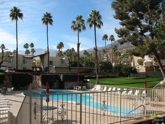 2190 S Palm Canyon Drive #50, Palm Springs, CA 92264 (MLS #19425136PS) :: The Jelmberg Team