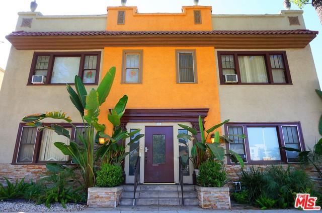 208 E Lomita Avenue, Glendale, CA 91205 (MLS #19425314) :: The Jelmberg Team