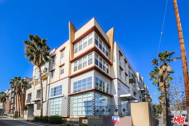 360 W Avenue 26 #108, Los Angeles (City), CA 90031 (MLS #19425316) :: The Sandi Phillips Team
